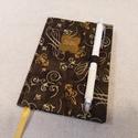 A/6 Sötétbarna kacsos, tollas határidő napló, Otthon & lakás, Naptár, képeslap, album, Naptár, Méretek: 10 x 14 cm. heti beosztású határidő napló, melynek az oldalait kézzel rajzoltam, terveztem...., Meska