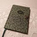 A/6 Zöld leveles ,határidő napló, Méretek: 10 x 14 cm. Halvány zöld színű lapok...