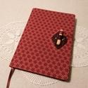 A/5 Bordó, farudas, ponthálós napló, Méretek: 14 x 20 cm, 240 oldal, egyedi pontháló...