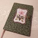 A/5  Zöld, virágberakásos ablakos , vonalas napló, Méretek: 14x20 cm, 240 oldal. Halvány szürke, e...