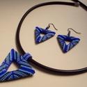 Háromszög peyote szett gyöngyből, Ékszer, Ékszerszett, Lyukas háromszög alakú medál és fülbevaló szett. Különböző színű kék delica gyöngybő..., Meska