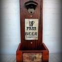 """Fali sör nyitó """"Komlós fa keret- Free beer tomorrow"""", Férfiaknak, Sör, bor, pálinka, Legénylakás, Steampunk ajándékok, Újrahasznosított alapanyagból készült termékek, Nosztalgikus vintage hangulat pasiknak! Erre a sörnyitó alkalmatosságra minden haverod felfigyel ma..., Meska"""