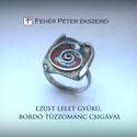 Ezüst olvadék lelet gyűrű bordó tűzzománc csigával díszítve, Ékszer, óra, Gyűrű, A gyűrű a régi alkimista kollekcióm egy megkerült darabja.  A belső átmérője 18-19 mm közötti...., Meska