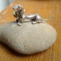 Ezüst tacskó kutya miniatúra, Dekoráció, Ezüst tacskó kutya miniatúra.  Viaszveszejtéses technikával készítettem tömör 925-ös sterling ezüstb..., Meska