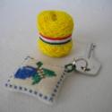Egyedi kulcstartó, Mindenmás, Kulcstartó, A kulcstartók takács vászonba készültek, kivéve a szilvást, ami pamut gyöngyvászon. A hímzőfonal szi..., Meska