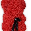 Rózsa maci, Otthon & Lakás, Dekoráció, Dísztárgy, Mindenmás, Kézzel készített piros maci polifoam rózsával és masnival Magasság: 24cm Szélesség: 16cm Szállítás:..., Meska
