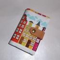 Kártya és igazolvány tartó - Helsinki házak, Táska, Pénztárca, tok, tárca, Designer pamutvászon és valódi bőr pánt felhasználásával készítettem ezt a 24 db kártya tárolására a..., Meska