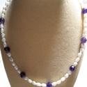 Ametiszt- tenyésztett gyöngy nyaklánc, Ékszer, Nyaklánc, Csiszolt halvány lila ametiszt és tenyésztett gyöngyökből összeállított  nyaklánc. Egy nag..., Meska