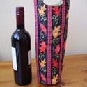Bortartó - őszi hangulatban, Férfiaknak, Mindenmás, Sör, bor, pálinka, Varrás, Pamutvászonból polárbéléssel készült bortartó szép levélmintás anyagból, normál borosüveg számára. ..., Meska