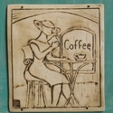 Coffee , Dekoráció, Képzőművészet, Otthon, lakberendezés, Kép, Fehérre égő agyagból készítettem ezt a faliképet.A mintát belekarcoltam a nyers agyagba. Bar..., Meska