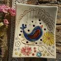 Kék madár, Szépségápolás, Fürdőszobai kellék, Ez a szappantartó is fehérre égő agyagból készült . Natúr kerámia ,csak a virágokat és a madárkát  m..., Meska
