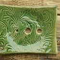 Zöld  szappantartó, Fehérre égő   agyagból ,laphajlítással kész...