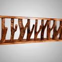 Görbefa akasztó, Bútor, Otthon, lakberendezés, Tárolóeszköz, 100cm széles, 28cm magas 12cm mély görbefa ruha akasztó. A keret 20mm vastag fenyőből készül..., Meska