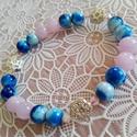 Jáde ásványos-Swarovski kristályos karkötő , Ékszer, Karkötő, Halvány lila, és kék színű jade ásvány gyöngyöket kombináltam, halvány rózsaszín apró ..., Meska