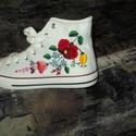 kézzel hímzett cipő, Ruha, divat, cipő, Magyar motívumokkal, Cipő, papucs, kért méretben elkészítem ár cipot tartalmazza, Meska