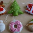 Filc karácsonyfa dísz csomag, Dekoráció, Karácsonyi, adventi apróságok, Ünnepi dekoráció, Karácsonyfadísz, Kézzel készült filc karácsonyfa dísz csomag.  A csomag 6 db díszt tartalmaz:  - mikulás fej - fenyőf..., Meska