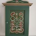Kulcstartó szekrény(nagy)- kézzel festett- Rétfalu , Otthon & Lakás, Bútor, Kulcstartó szekrény, Festett tárgyak, Famegmunkálás, Kézzel festett kulcsos szekrény, Rétfalu templomkazettáinak mintáit alapul véve.  8 db kulcs fér el..., Meska