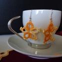 Narancssárga gyöngyös hajócsipke fülbevaló, Ékszer, Fülbevaló, Vékony narancssárga melírozott horgolófonalból frivolitás (hajócsipke) technikával készült..., Meska