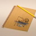 Füzet horgászoknak. Kézzel rajzolt és fűzött füzet, horgásznapló, fogási napló. Az alvó horgász, Naptár, képeslap, album, Férfiaknak, Jegyzetfüzet, napló, Füzet horgászoknak. Kézzel rajzolt és fűzött füzet, horgásznapló, fogási napló, királykék cérnával f..., Meska