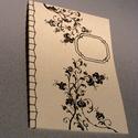 A/4-es méretű füzet. Kézzel fűzött, kézzel rajzolt; natúr borító, Naptár, képeslap, album, Jegyzetfüzet, napló, A4-es méretű füzet, kézzel rajzolt borítóval, kézzel fűzött (japán fűzéssel). Akár más..., Meska