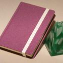 Kézzel fűzött napló, jegyzetfüzet, lila notesz sima lapokkal, gumival. Lila műbőr borító, élénk színű csíkos előzékpapír, Otthon & lakás, Naptár, képeslap, album, Jegyzetfüzet, napló, Kézzel fűzött napló, jegyzetfüzet, lila notesz sima lapokkal, gumival. Lila műbőr borító, élénk szín..., Meska