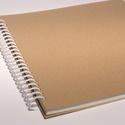 Négyzetes, nagyméretű, kemény borítós, díszíthető fotóalbum. Spirálozott, natúr csomagolópapír borítás, , Naptár, képeslap, album, Jegyzetfüzet, napló, Négyzetes, nagyméretű, kemény borítós, díszíthető fotóalbum, scrapbook album. Natúr csomagolópapír b..., Meska