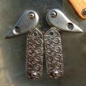 Kulcsos Bicska - vas, rozsdamentes acél, vagy corian, Mindenmás, Férfiaknak, Kulcstartó, Kulcskarika helyett. Ez egy egyedi kézzel készült kulcstartó melyen mindig ugyanott vannak a kulcsok..., Meska