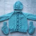Kék kötött pulóver sapkával és zoknival, Baba-mama-gyerek, Kötés, Kellemesen puha, nem szöszölődő, bababarát fonalból készült mindegyik darab!  Kisfiúknak és kislány..., Meska