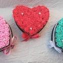 Petite Love szett (3 db), Anyák napja, Otthon, lakberendezés, Baba-mama-gyerek, Asztaldísz, A szett 3 db szív alakú habrózsadobozt tartalmaz, tetszőleges színekben.  Ha nem a méret a lényeg! K..., Meska