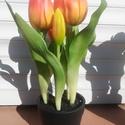 Cserepes gumi tulipán narancs, Otthon & Lakás, Dekoráció, Csokor & Virágdísz, Virágkötés, Szereted a tulipánt? Akkor biztos tetszeni fog ez az élethű cserepes tulipán asztaldísz. Nem élő vi..., Meska