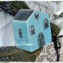 Karácsonyi titkos  házikó, Baba-mama-gyerek, Dekoráció, Karácsonyi, adventi apróságok, Karácsonyi dekoráció, Festett tárgyak, Falusi idill. Türkizkék,antikolt,  újrahasznosított fából készült titkos  házak.  A család vagyonán..., Meska