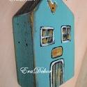 Pénzátadó faház, Baba-mama-gyerek, Dekoráció, Esküvő, Ünnepi dekoráció, Rusztikus faházak pénz átadására Antikolt festéssel készül.   Titkos üzenet vagy papírpénz rejthető ..., Meska