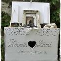 Provence-i hangulatok-Esküvőre, Dekoráció, Esküvő, Nászajándék, Esküvői dekoráció, Faláda,  levendula  koszorúval  festve. Borítékgyűjtő láda romantikus esküvőre. A láda díszes, feste..., Meska