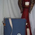 Kicsi vászon/műbőr táska, Táska, Válltáska, oldaltáska, Vászon/műbőr táska.A táska vatelinnel és táska merevítővel bélelt.Bélése színes vászon..., Meska