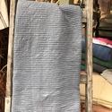 Darázs mintás pamut fürdőlepedő, Sötétszürke színű darázs anyagból készült...