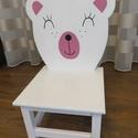Gyerek szék, macis szék, Otthon & Lakás, Bútor, Szék & Fotel, Famegmunkálás, Egyedi, kézzel megmunkált és festett gyermekszék, macis háttámlával. Mérete: 35 cm magas háttámla. ..., Meska