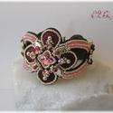 Rózsaszín - barna hímzett karkötő Swarovskival, Ékszer, Esküvő, Karkötő, Esküvői ékszer, Ragyogó gyöngyhímzett karkötő bordó-rózsaszín-ezüst színben, sok-sok (114 db) Swarovski kristállyal...., Meska