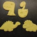 Dínós kekszkiszúró szett, Konyhafelszerelés, Mindenmás, 6 db-os dínós kekszkiszúró: triceratopsz, brachiosaurus, stegosaurus, t-rex, tojásból kikelő kis din..., Meska