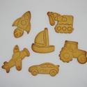 Fiús/ járműves keksz, sütemény kiszúró forma szett, Otthon & lakás, Konyhafelszerelés, 6 db-os fiús/járműves kekszkiszúró szett: traktor, daru, vitorláshajó, űrhajó, repülő, autó.  Legnag..., Meska