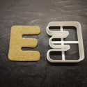 ABC-s (E) kekszkiszúró, Otthon & lakás, Egyéb, Konyhafelszerelés, 3D nyomtatással készült ABC-s (E)  kiszúró kekszhez, mézeskalácshoz, fondanthoz.   6 és 8 cm-es mére..., Meska