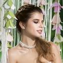 Menyasszonyi álom, Ékszer, Esküvő, Esküvői ékszer, Ékszerszett, Akril virággal díszített, AB csillogású, víztiszta kristályokkal fűzött gyöngysor, fehér tekla gyöng..., Meska