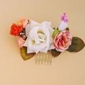 Virágos hajdísz, fejdísz, Ékszer, Esküvő, Hajdísz, ruhadísz, Ékszerkészítés, Különböző virágok színes kombinációja. Kb. 14 cm széles. Többféle méretű hajfésű alapra kérhető.  , Meska