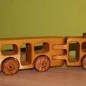 Fa verdák kis csuklós busz, Játék, Baba-mama-gyerek, Fajáték, Gyerekszoba, A verdák markáns és strapabíró darabja helyileg járatos sofőrpalántáknak. 18 tonna 24,5X7,5..., Meska