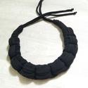 BLACK CAT Textilékszer, Ékszer, Nyaklánc, Csomózás, Ékszerkészítés, Fekete pólófonalból készült nyaklánc. Kellemes viselet akár hétköznapokra. Kézi mosással tisztíthat..., Meska