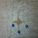 Különleges, egyedi medál kék gyönggyel, Ékszer, Medál, Különleges technikával készült ez a medál, melyet kék gyönggyel díszítettem. Hossza 4 cm. AKCIÓ!!!!!..., Meska