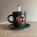 Vörös rózsás kávéskészlet kanállal, Otthon & Lakás, Konyhafelszerelés, Bögre & Csésze, Gyurma, Vörös rózsás kávéskészlet kanállal garnitúra. A garnitúra 1 db 9 cl kávéscsészéből+aljból (szürke) ..., Meska