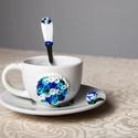Kék rózsás kávéskészlet garnitúra, Otthon & Lakás, Konyhafelszerelés, Bögre & Csésze, Gyurma, Kék rózsás kávéskészlet garnitúra. A garnitúra 1 db törtfehér kávéscsészéből+aljból (csészealj átmé..., Meska