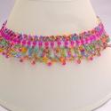 pink rózsaszín kristálygyöngyös nyaklánc, színes gyöngynyaklánc, gyöngygallér, ajándék, Ékszer, óra, Nyaklánc, Ékszerszett, Medál, Gyöngyfűzés, Színes, vidám, rózsaszín (pink) színre épülő színkombinációban alkottam meg ezt a nyakláncot.  Anya..., Meska