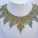 Ukrán cakkos kék-arany  gyöngy gallér, gyöngy nyaklánc, gyöngy ékszer, Ékszer, Ruha, divat, cipő, Nyaklánc, Ékszerszett, Ukrán stílusú nyaklánc, melyet réz közepű kék és arany színű cseh üveggyöngyből készítettem.  Hossza..., Meska