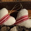 Dekorációs szívecske , Dekoráció, Karácsonyi, adventi apróságok, Ünnepi dekoráció, Karácsonyi dekoráció, Varrás, Lenvászon csíkos , feliratos t dekorációs szívpár használhatod dekorációnak vagy adhatod apró ajánd..., Meska